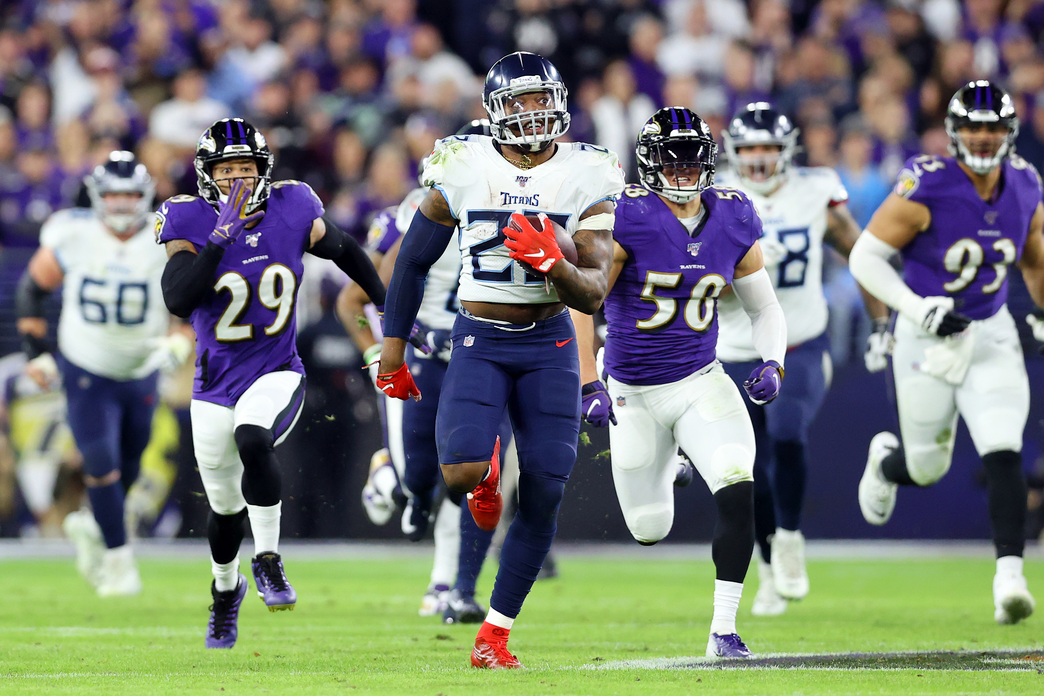 titans # 27 being chased by Ravens #'s 29,50,93