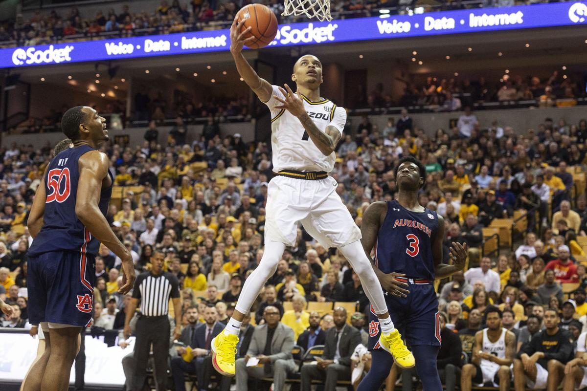 Missouri vs Auburn huge slam dunk