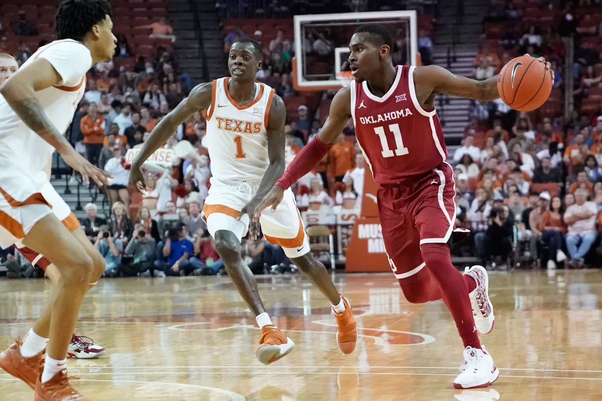 Texas longhorns vs Oklahoma Sooners