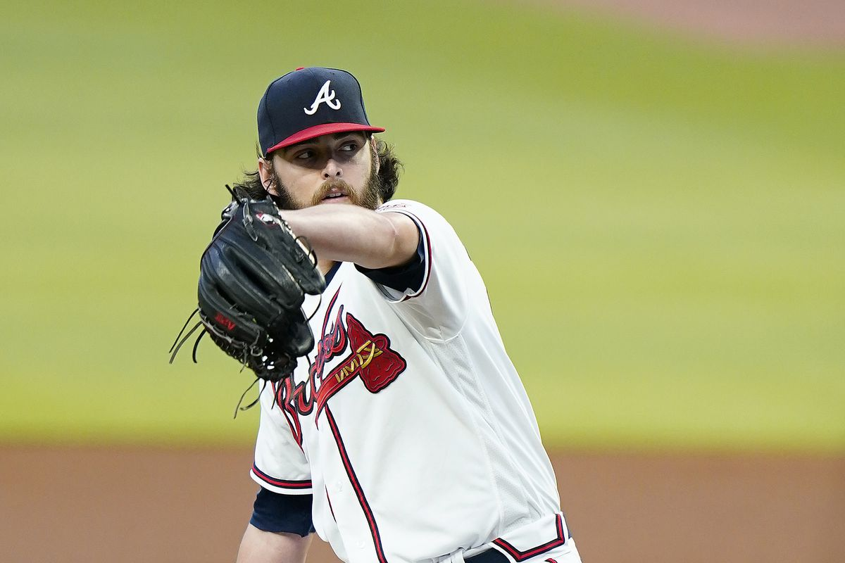 brewers vs braves picks and parlays